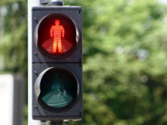 Громада просить установити світлофор біля школи
